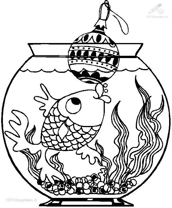 Goldfish loves christmas bauble